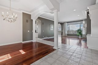 Photo 3: 302 Patterson Boulevard SW in Calgary: Patterson Detached for sale : MLS®# A1104283