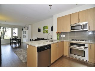 Photo 1: # 212 119 W 22ND ST in North Vancouver: Central Lonsdale Condo for sale : MLS®# V1053875