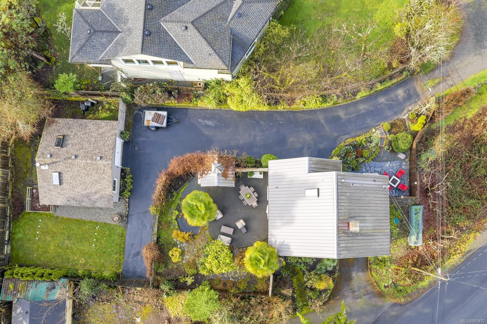Photo 35: Photos: 6734 Drummond Dr in : Du East Duncan House for sale (Duncan)  : MLS®# 865432