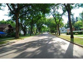 Photo 2: 222 7th Street East in Saskatoon: Buena Vista Single Family Dwelling for sale (Saskatoon Area 02)  : MLS®# 410894