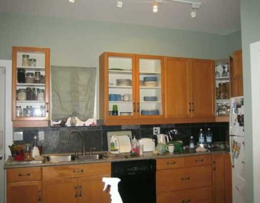 Photo 6: Photos: 2645 CAROLINA ST in : Mount Pleasant VE House for sale : MLS®# V620274