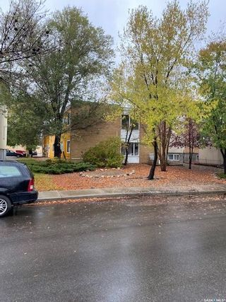 Photo 3: 3210 WESTGATE Avenue in Regina: Lakeview RG Multi-Family for sale : MLS®# SK871840