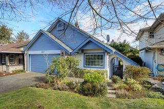 Photo 2: 1017 Scottswood Lane in VICTORIA: SE Broadmead House for sale (Saanich East)  : MLS®# 806228