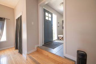 Photo 9: 3504 117 Street in Edmonton: Zone 16 House for sale : MLS®# E4252614