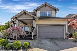 Photo 2: 19178 68B Avenue in Surrey: Clayton House for sale (Cloverdale)  : MLS®# R2572228