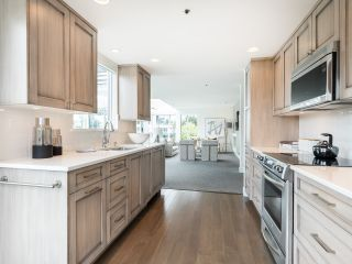 """Photo 14: 407 1551 MARINER Walk in Vancouver: False Creek Condo for sale in """"LAGOONS"""" (Vancouver West)  : MLS®# R2383720"""
