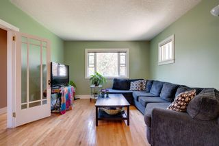 Photo 6: 3118 39 Street SW in Calgary: Glenbrook Detached for sale : MLS®# A1105435