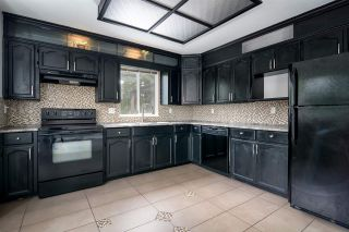 """Photo 3: 15 2352 PITT RIVER Road in Port Coquitlam: Mary Hill Townhouse for sale in """"Shaughnessy Estates"""" : MLS®# R2284697"""