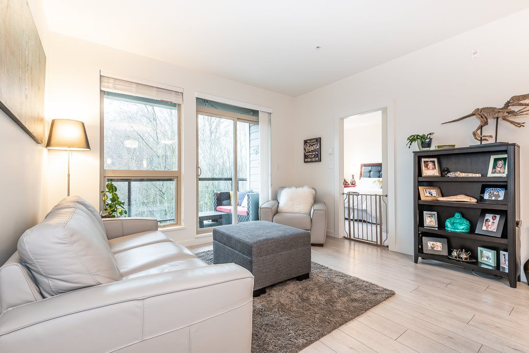 Main Photo: 406 1150 BAILEY STREET in : Downtown SQ Condo for sale : MLS®# R2324447