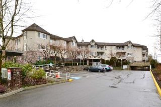 "Photo 19: 316 16137 83 Avenue in Surrey: Fleetwood Tynehead Condo for sale in ""The Fernwood"" : MLS®# R2029497"