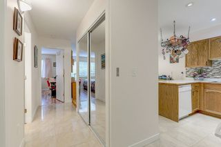 """Photo 2: 109 11578 225 Street in Maple Ridge: East Central Condo for sale in """"THE WILLOWS"""" : MLS®# R2138956"""