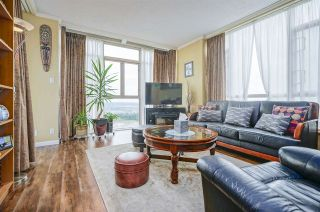 """Photo 2: 2401 6888 STATION HILL Drive in Burnaby: South Slope Condo for sale in """"SAVOY CARLTON"""" (Burnaby South)  : MLS®# R2424113"""