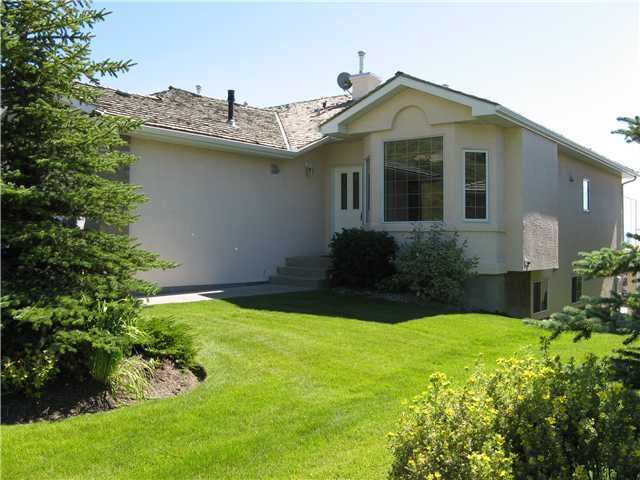 Main Photo: 46 EAGLEVIEW Heights in RED DEER: Cochrane Residential Attached for sale : MLS®# C3442597