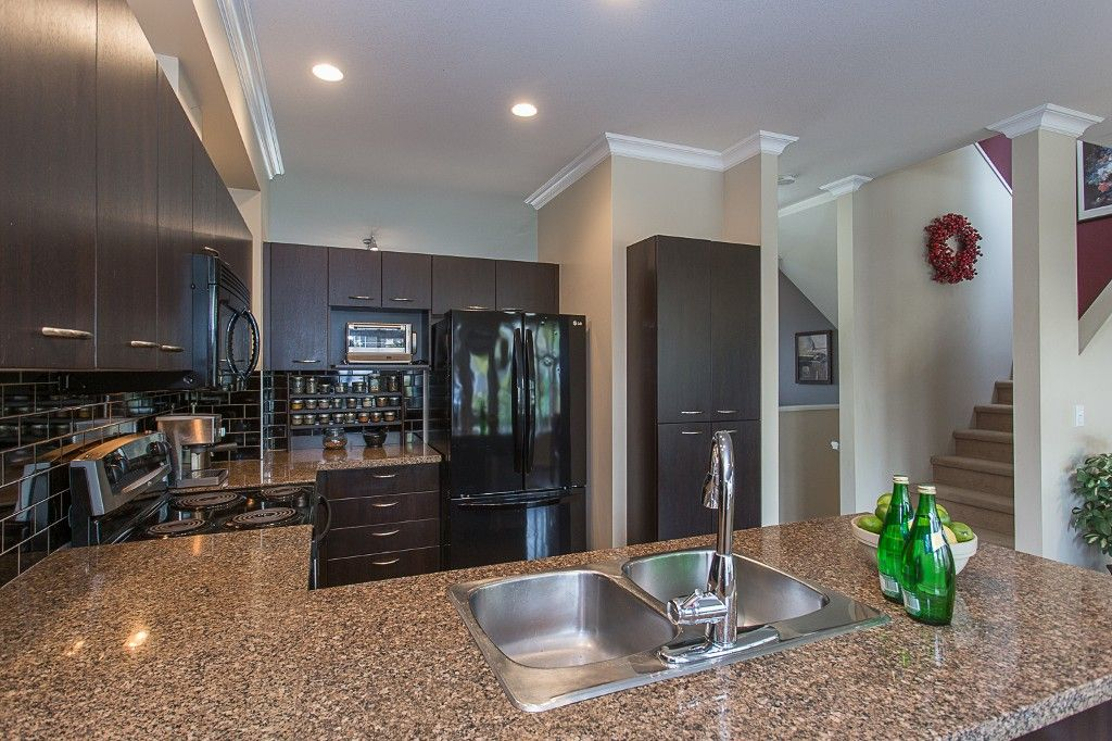 "Photo 11: Photos: 6 6785 193 Street in Surrey: Clayton Townhouse for sale in ""MADRONA"" (Cloverdale)  : MLS®# R2160056"