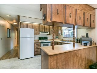 """Photo 8: 293 1840 160 Street in Surrey: King George Corridor Manufactured Home for sale in """"Breakaway Bays"""" (South Surrey White Rock)  : MLS®# R2616077"""