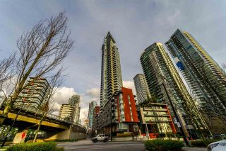 """Photo 1: 2003 1372 SEYMOUR Street in Vancouver: Downtown VW Condo for sale in """"THE MARK"""" (Vancouver West)  : MLS®# R2235616"""