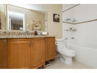 "Photo 12: PH5 15357 ROPER Avenue: White Rock Condo for sale in ""REGENCY COURT"" (South Surrey White Rock)  : MLS®# R2068178"