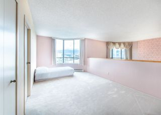 "Photo 19: 1901 738 BROUGHTON Street in Vancouver: West End VW Condo for sale in ""Alberni Place"" (Vancouver West)  : MLS®# R2396844"