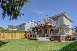 "Photo 19: 9187 202B Street in Langley: Walnut Grove House for sale in ""WALNUT GROVE"" : MLS®# R2313178"