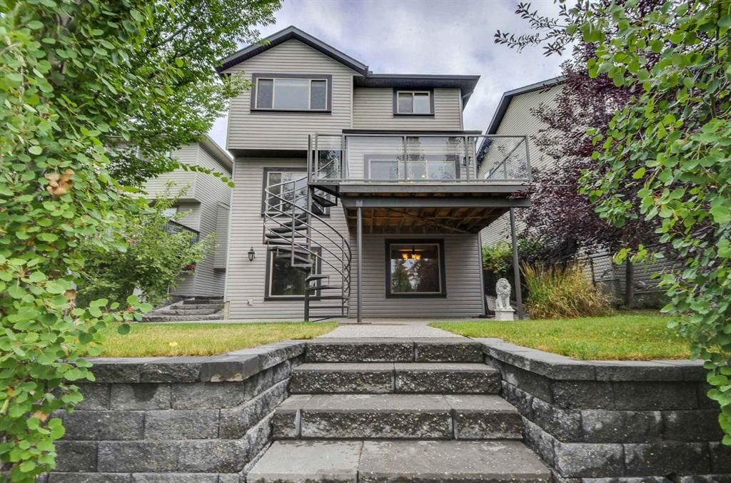 Main Photo: 230 CRANWELL Bay SE in Calgary: Cranston Detached for sale : MLS®# A1087006