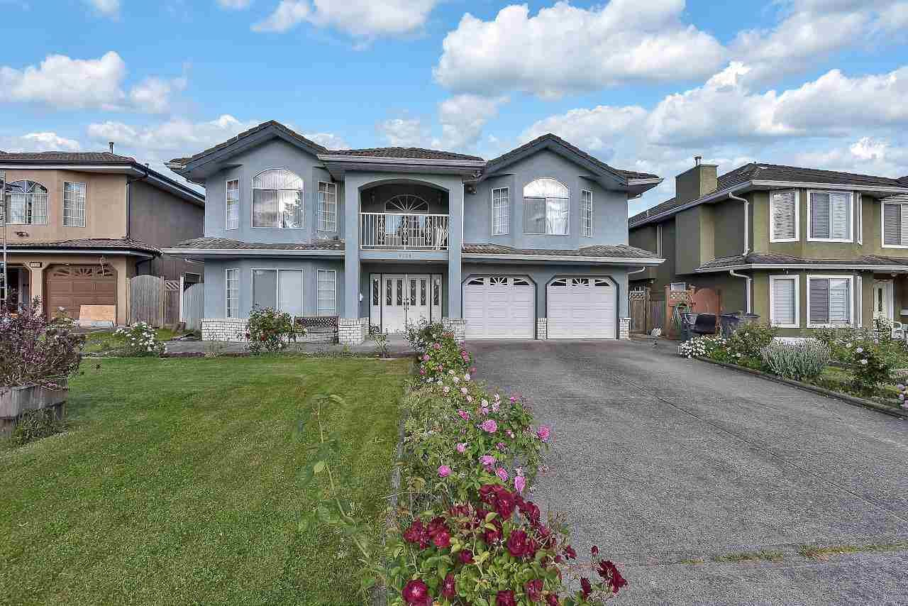 Main Photo: 9120 139 Street in Surrey: Bear Creek Green Timbers House for sale : MLS®# R2591145
