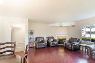 "Photo 3: 2 8711 GENERAL CURRIE Road in Richmond: Brighouse South Townhouse for sale in ""ROSEMONT COURT"" : MLS®# R2571532"