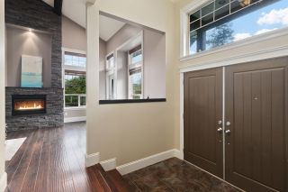 Photo 3: 333 AVALON Drive in Port Moody: North Shore Pt Moody House for sale : MLS®# R2534611