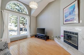 Main Photo: 529 18 Avenue NW in Calgary: Mount Pleasant Detached for sale : MLS®# A1089210