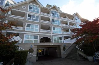 Photo 12: 109 5500 LYNAS LANE in Richmond: Riverdale RI Condo for sale : MLS®# R2045982