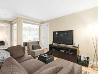 Photo 3: 208 1345 COMOX Street in Vancouver: West End VW Condo for sale (Vancouver West)  : MLS®# R2156986