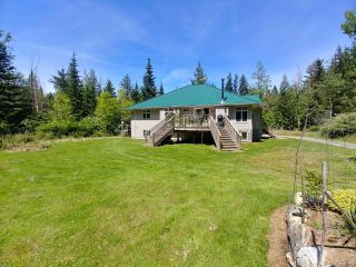Photo 6: 404 Whaletown Rd in CORTES ISLAND: Isl Cortes Island House for sale (Islands)  : MLS®# 843159