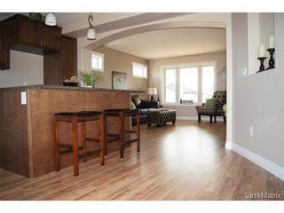 Photo 6: 211 Warwick Crescent: Warman Single Family Dwelling for sale (Saskatoon NW)  : MLS®# 434382