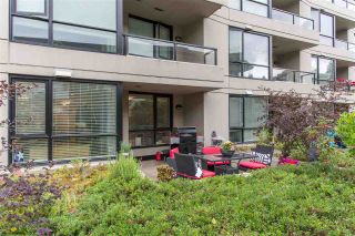 Photo 1: 300 160 W 3RD STREET in North Vancouver: Lower Lonsdale Condo for sale : MLS®# R2399108