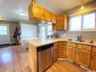 Photo 11: 405 McGillivray Street in Outlook: Residential for sale : MLS®# SK854940