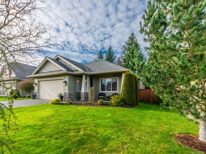 FEATURED LISTING: 1463 Sumar Lane PARKSVILLE