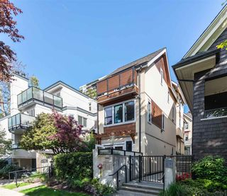 """Photo 23: 1076 NICOLA Street in Vancouver: West End VW Townhouse for sale in """"NICOLA MEWS"""" (Vancouver West)  : MLS®# R2454714"""