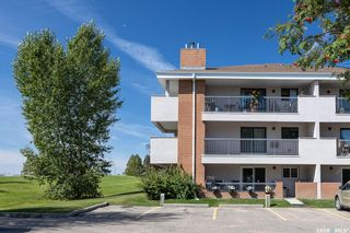 Photo 2: 121 209C Cree Place in Saskatoon: Lawson Heights Residential for sale : MLS®# SK869607