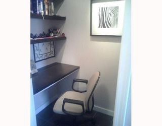 """Photo 10: 2490 W 2ND Ave in Vancouver: Kitsilano Condo for sale in """"THE TRINITY"""" (Vancouver West)  : MLS®# V640534"""