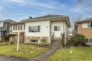 Main Photo: 2689 KITCHENER Street in Vancouver: Renfrew VE House for sale (Vancouver East)  : MLS®# R2539389