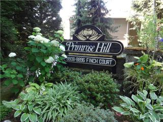 """Photo 1: 8840 FINCH Court in Burnaby: Forest Hills BN Townhouse for sale in """"PRIMROSE HILL"""" (Burnaby North)  : MLS®# V1075894"""