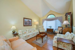 Photo 3: 88 Strathdale Close SW in Calgary: Strathcona Park Detached for sale : MLS®# A1116275