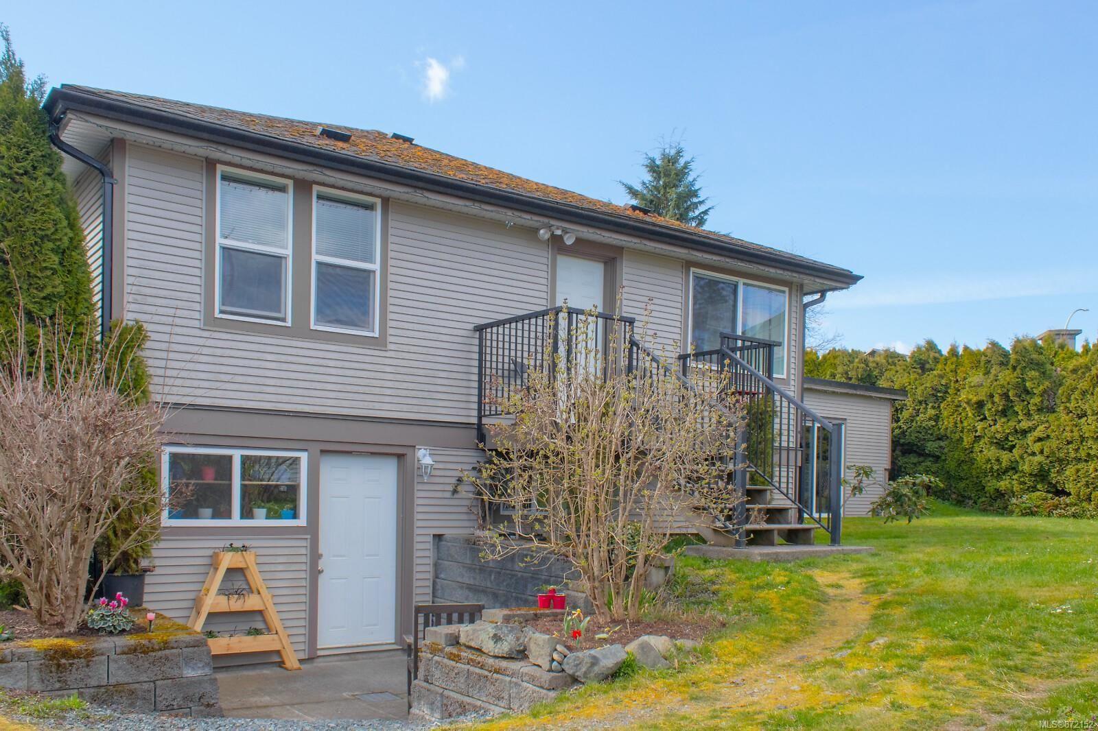 Main Photo: 3132 Sherman Rd in : Du West Duncan House for sale (Duncan)  : MLS®# 872152
