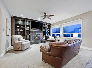 Photo 11: 30 Springborough Crescent SW in Calgary: Springbank Hill Detached for sale : MLS®# A1070980