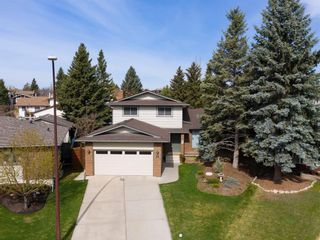 Photo 2: 24 BRACEWOOD Place SW in Calgary: Braeside Detached for sale : MLS®# A1104738