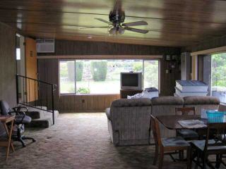 Photo 8: LEMON GROVE House for sale : 3 bedrooms : 1679 Watwood Road