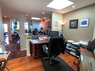 "Photo 13: 10 5780 TRAIL Avenue in Sechelt: Sechelt District Condo for sale in ""Tradewinds"" (Sunshine Coast)  : MLS®# R2476578"