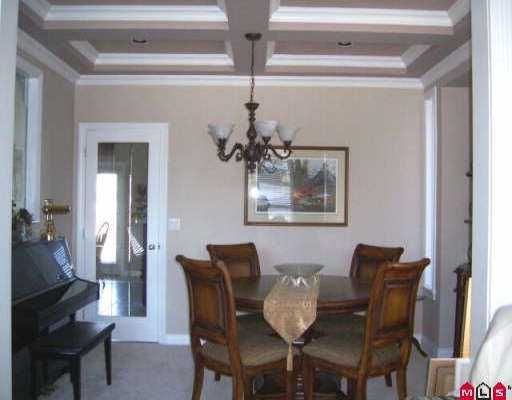 "Photo 3: Photos: 16711 63RD AV in Surrey: Cloverdale BC House for sale in ""Clover Ridge"" (Cloverdale)  : MLS®# F2606235"