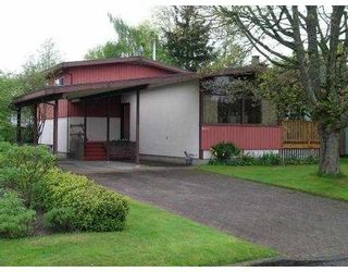 Photo 1: 8611 FAIRDELL Crescent in Richmond: Seafair House for sale : MLS®# V644649