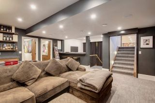 Photo 38: 907 WOOD Place in Edmonton: Zone 56 House for sale : MLS®# E4246651