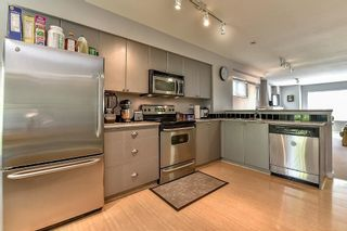 "Photo 7: 114 12711 64 Avenue in Surrey: West Newton Townhouse for sale in ""PALETTE ON THE PARK"" : MLS®# R2102037"